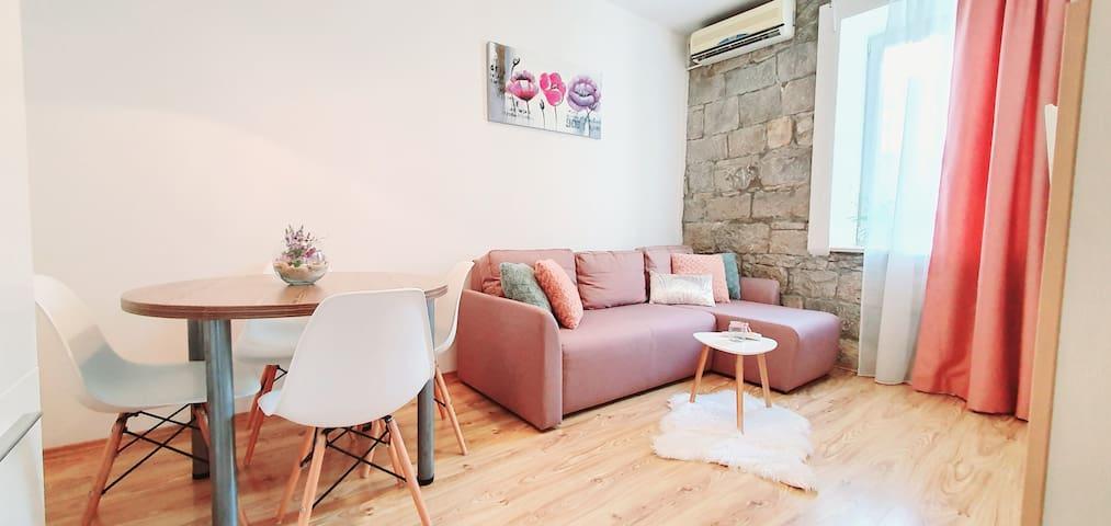 Apartment Anamari in center Split