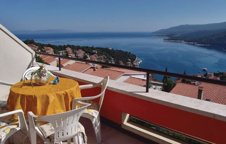 Nice apartmartment with large sea view terrace - Rabac - Apartment