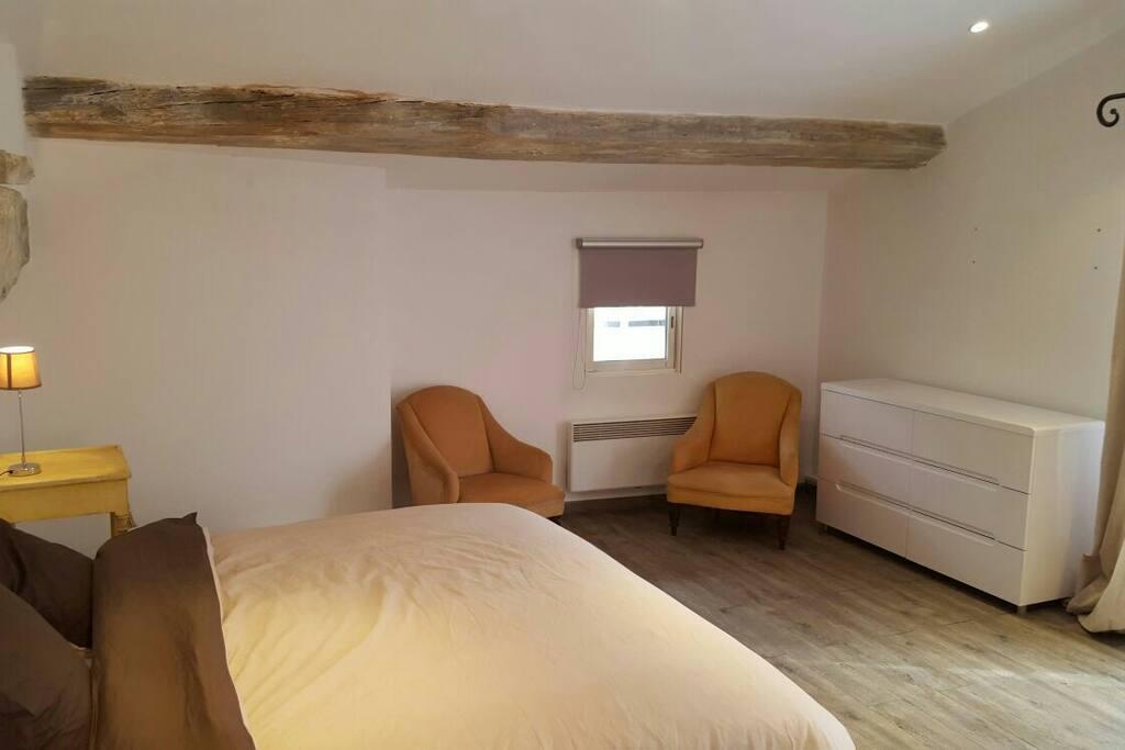Chambre 2 à l'etage