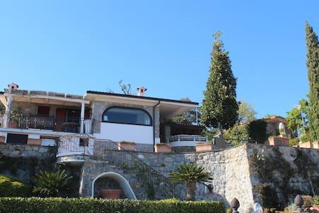 Villa Maria 7