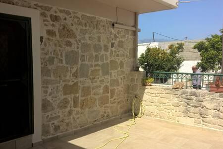 apartment for 4 has Vori in Crete - Vori