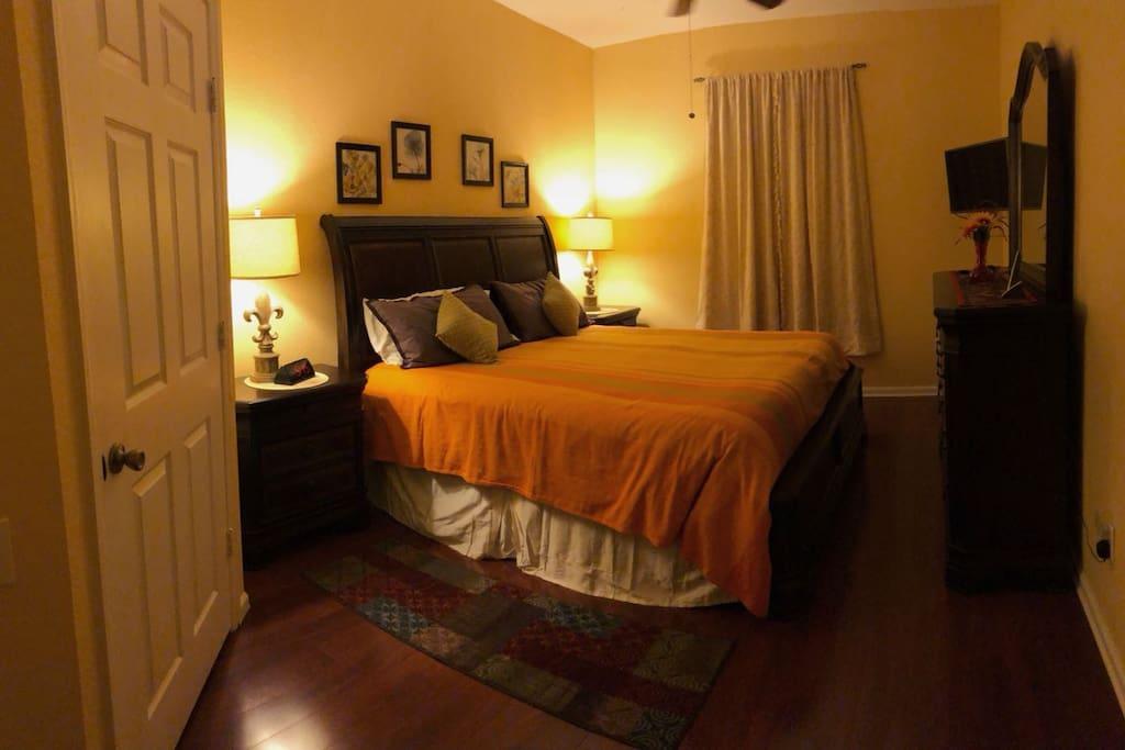 Master Bedroom (MB)