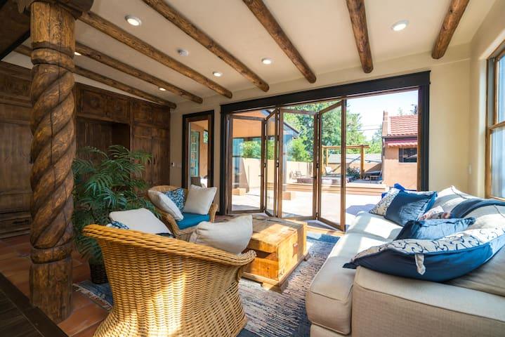 La Casa Loba | Spanish Hacienda | Hot Tub & Pool