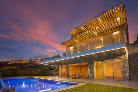Prestige Sea View Villa