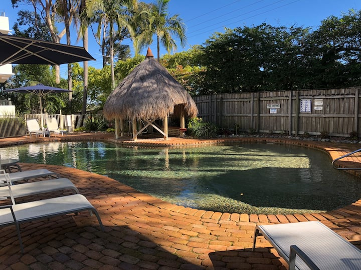 Pools, Spas, Wifi 2bd 2bth unit
