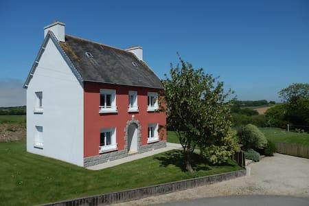 Ty Thérèse - Plounévez-Lochrist - Huis