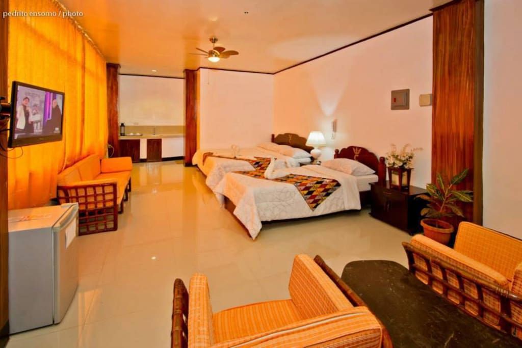 Family Suite Room ( Min. 2Ad+2kids)P2000