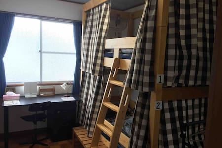 Female-only western style dormitory room