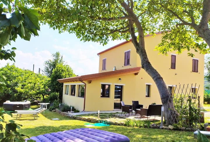 Le Margherite Country House - Intera Casa