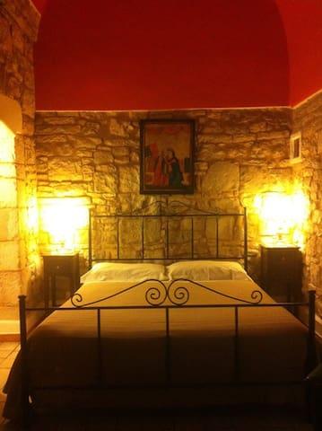 suite FILOMARINO - l'alcova