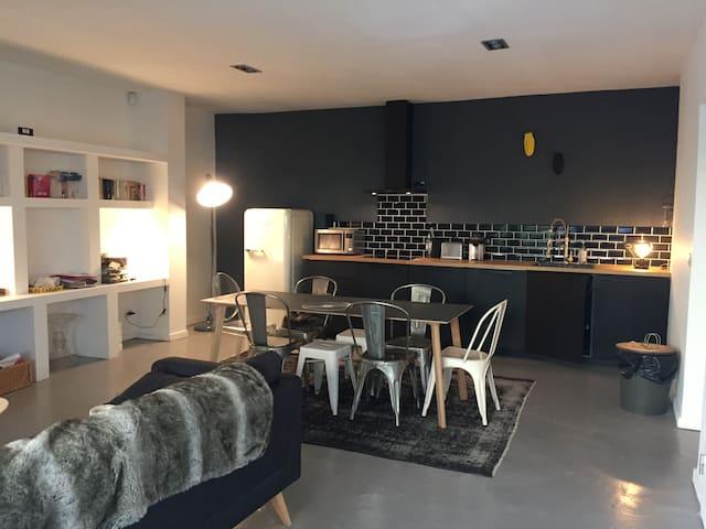 Appartement agréable à deux pas de la mer