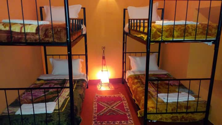 Cinema Riad rooms for 8,6 and 4 pers.