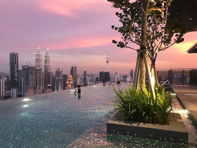 NEW Expressionz Suites KLCC 360 view SKY Pool