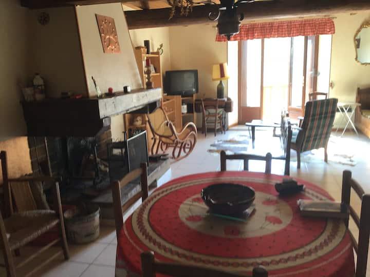 Maison à 11340 Camurac