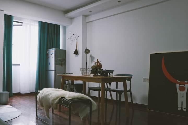 【清青晴】步行街+国金中心ifs+解放西路+五一商圈,投影仪,超舒适大床