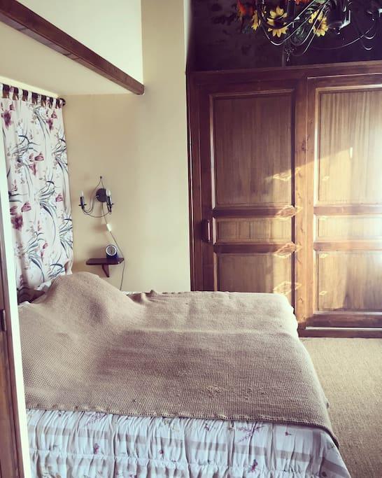 Habitación principal. Master bedroom