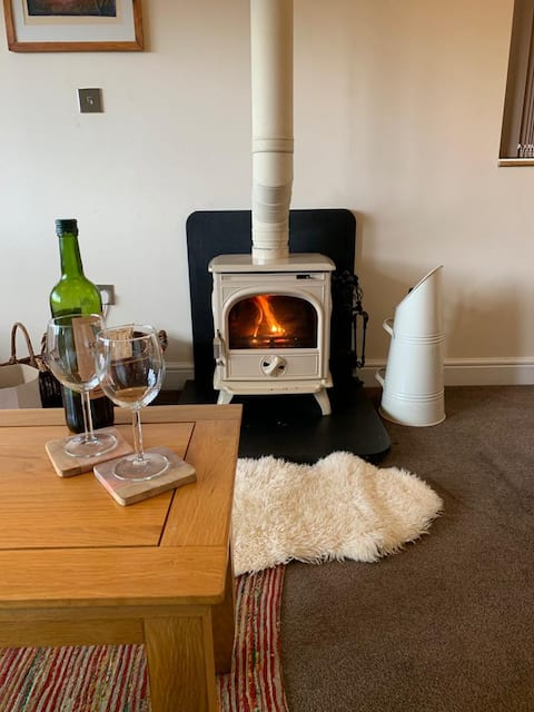 Luxurious  Fairview Cottage