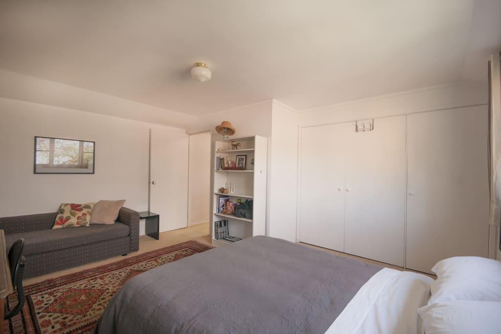 Bedroom 1 (alternate view)