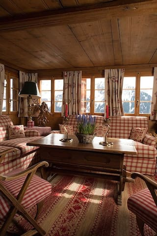 Ski-in ski-out fully catered Chalet - Lenk - Casa