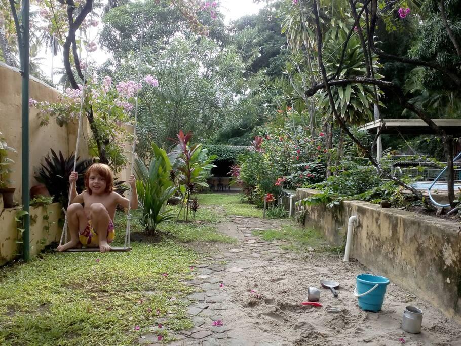 Miguel´s playground (common área)