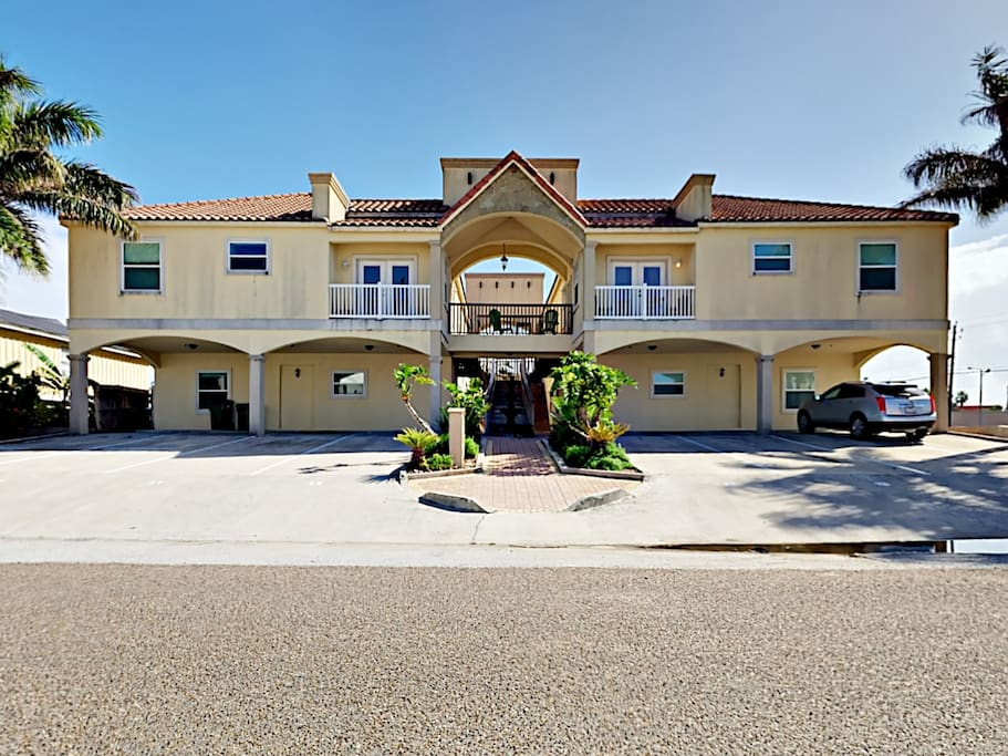 Located in the heart of South Padre Island's entertainment district. Professionally managed by TurnKey Vacation Rentals.