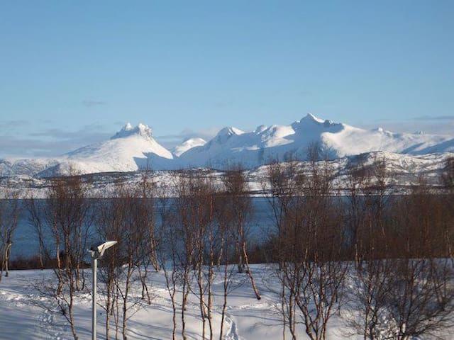 Stor leilighet i Bodøsjøen - Bodo - Apartamento