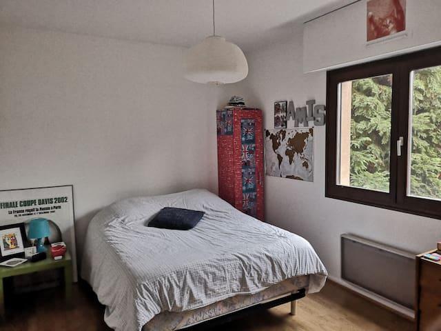 Strasbourg Robertsau ~ chambre dans 3 pièces