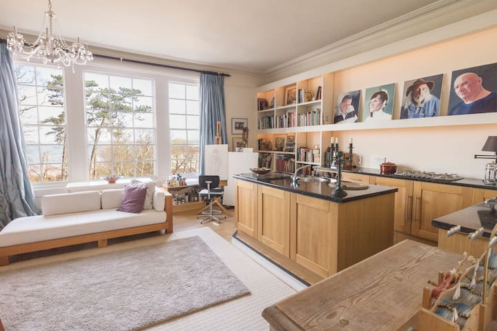 Spacious Artist's Apartment - Ryde - Byt