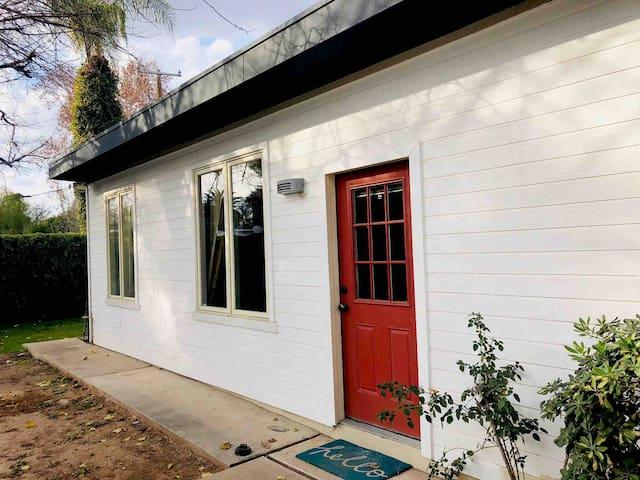 Cozy Central Phoenix 1 Bd Guesthouse