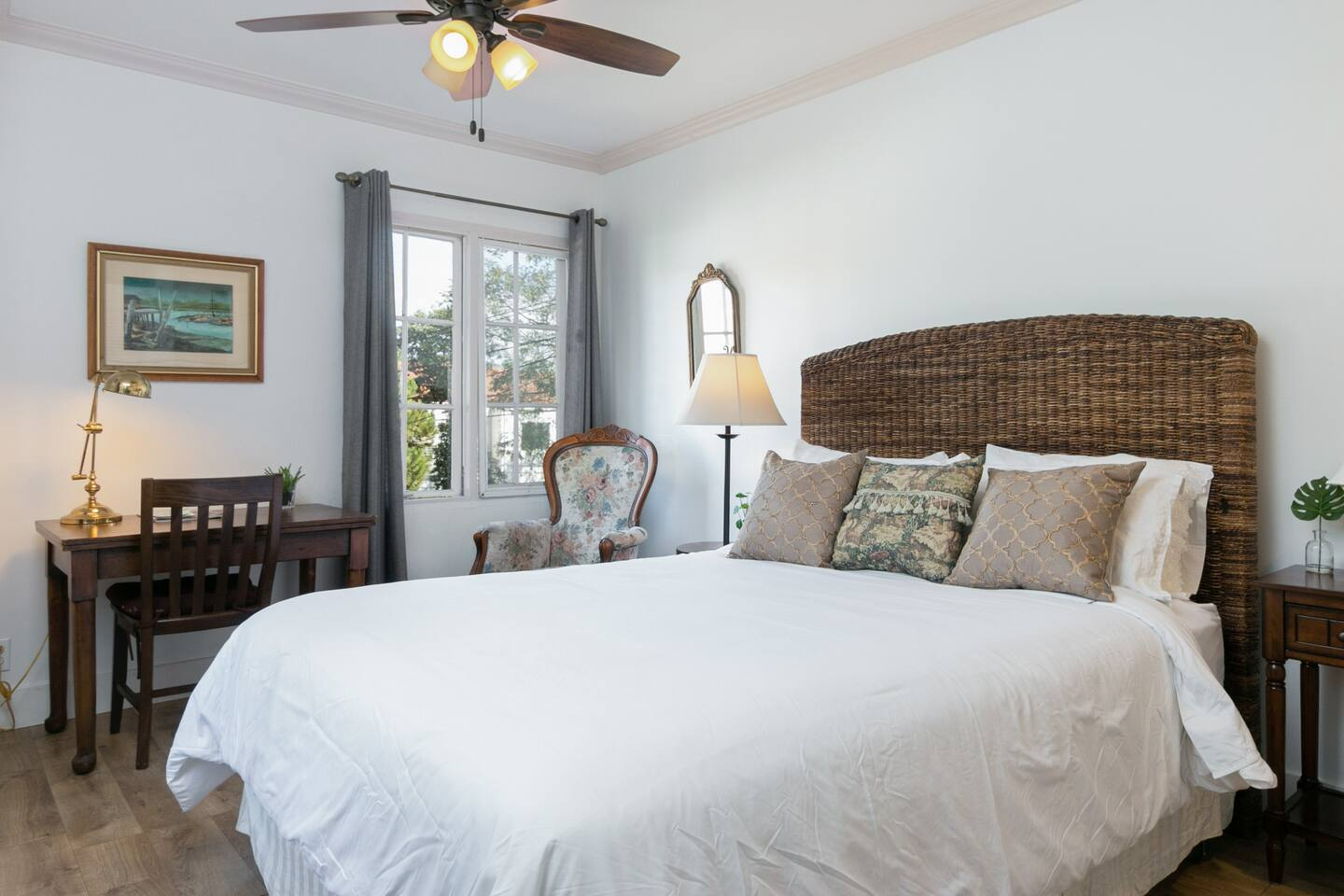 Welcome to Santa Barbara! This lovely studio is professionally managed by TurnKey Vacation Rentals.