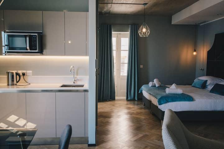 Luxury apartment: amazing Valletta Harbour views