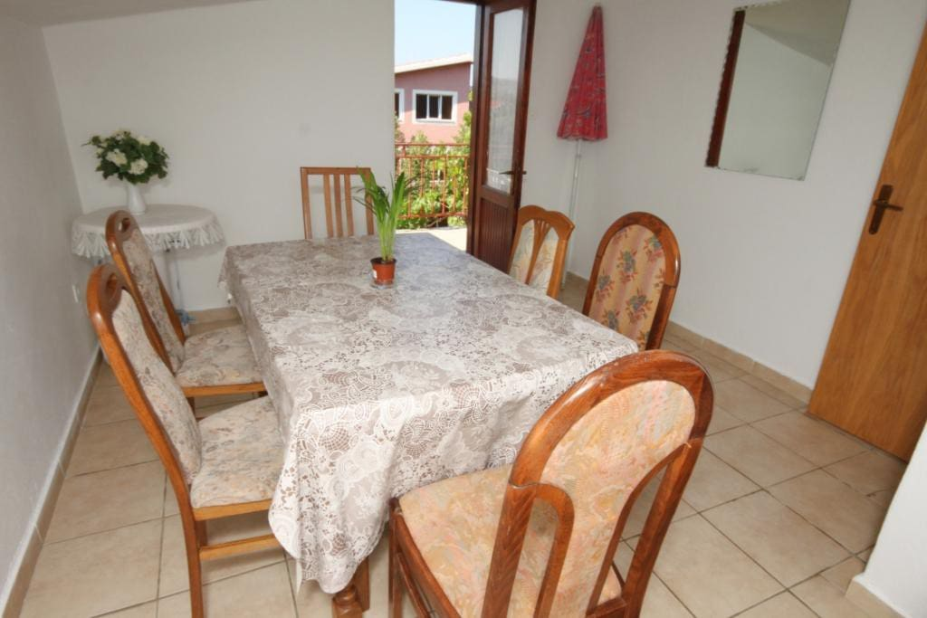 Dining room 1, Surface: 11 m²