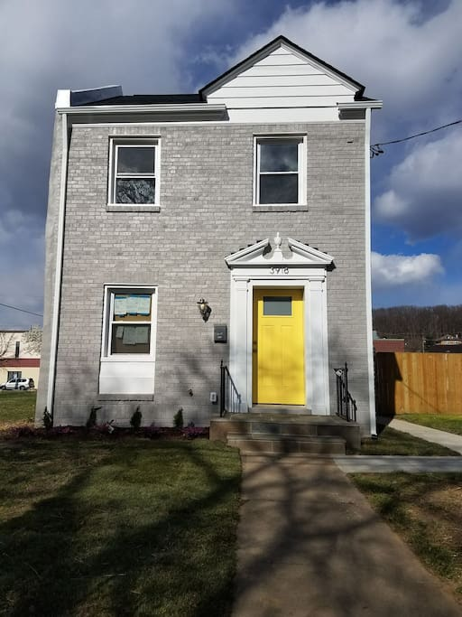 The yellow door signifies sunshine, hope, happiness, positivity, clarity, energy, optimism, enlightenment, remembrance, intellect, honor, and joy... all of which we hope to be your experience while staying at this DC gem.