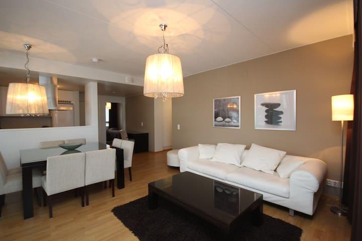 71,5 m2 Superb 2-bedroom apt with sauna (E107)