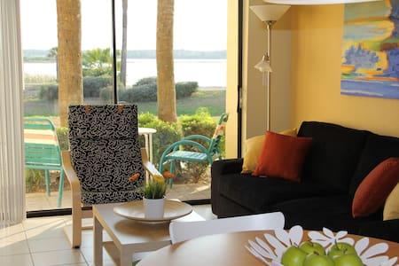 Cozy One Bedroom Lakefront Villa - Orlando