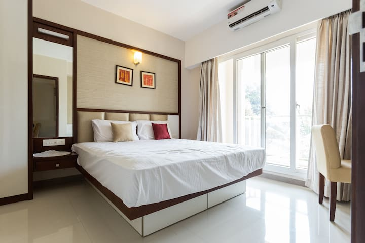 Peaceful stay at a cozy neighborhood @ Panampilly - Ernakulam