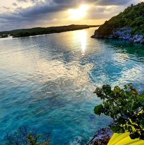 Water's Edge Studio at Silly Creek - Providenciales - Apartment