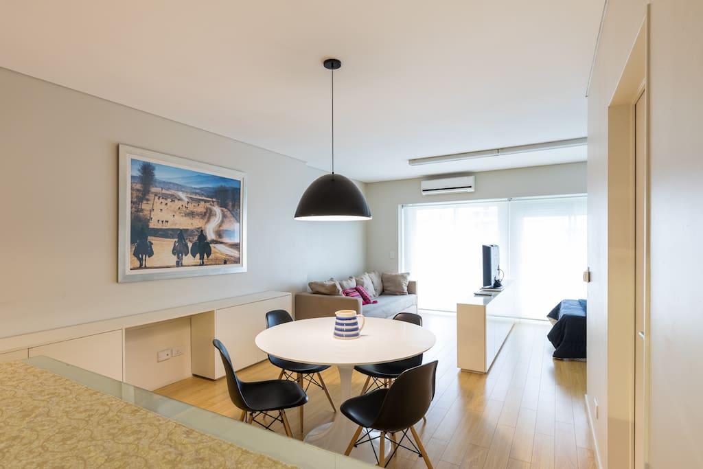 Modernos muebles pensados para la comodidad y el disfrute del espacio