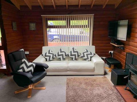 'Riverview' Log Cabin, 20% rabat
