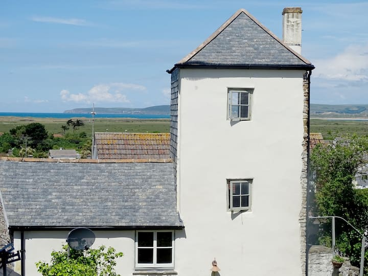 Uniquely Restored Tower House with Sea Views