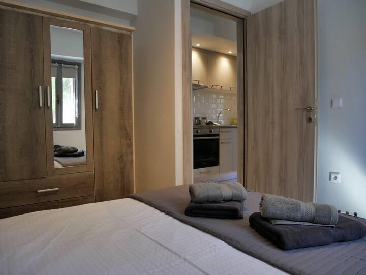 Ground floor apartment-Anthie's house-Village.1