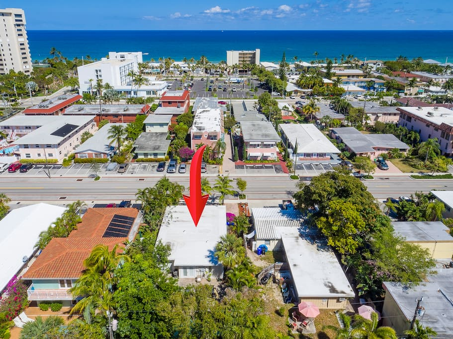 The home is located just 2 blocks from the beach
