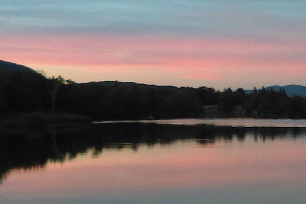 Sunset at the Lake, great for Kayaking. Just minutes away.