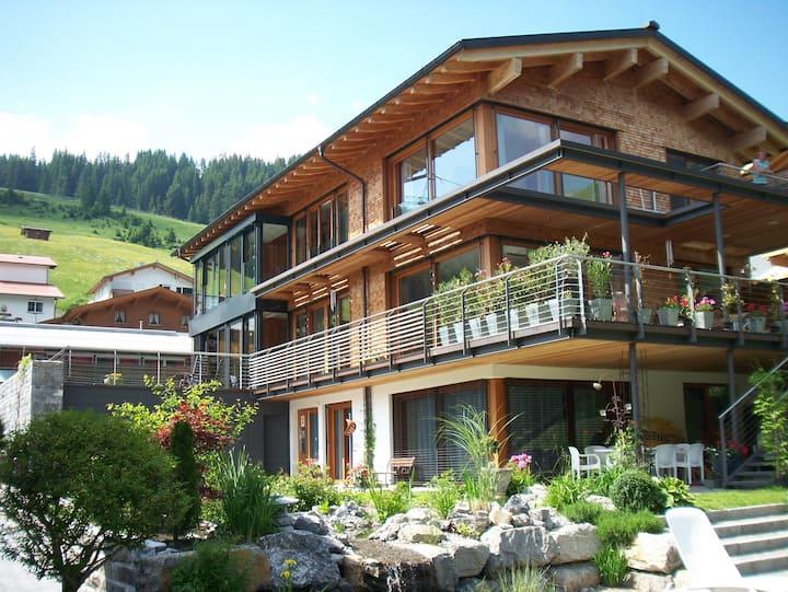 Lech am Arlberg, App. Haus Dr.Muxel, Wösterblick