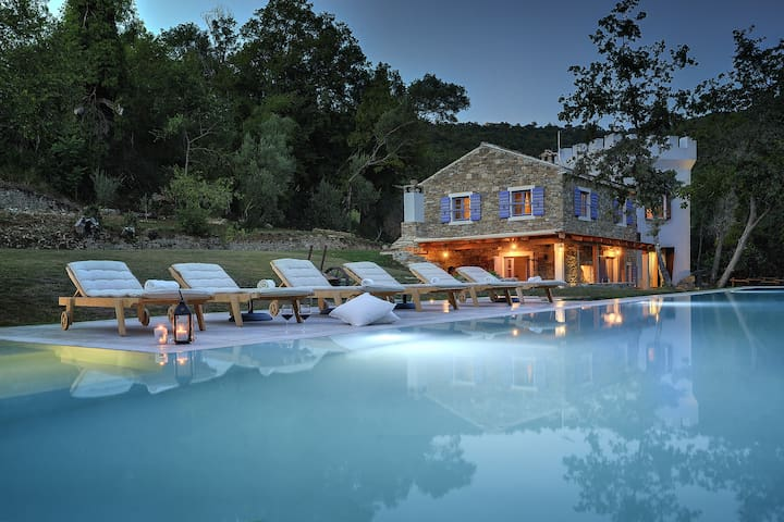 Airbnb Luxury Villa, Istria Croazia, 25m pool - Groznjan - Villa