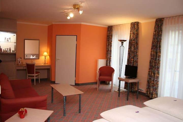 Hotel am Schloss Apolda (Apolda) - LOH07269 Neu, Superior Appartement