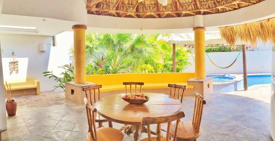 Casa de playa para viajes en familia, 12 personas.