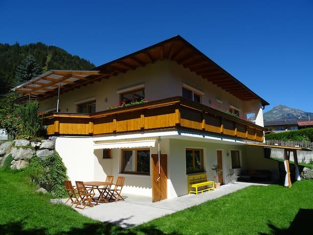 Ferienwohnung Martina - Schlitters - Apartment