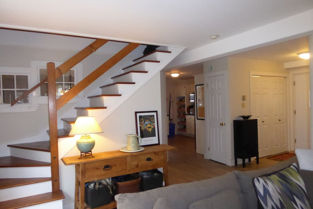 Open stairs to 3rd level.