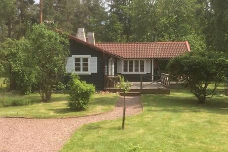Schwedisches Sommerhaus am Meer - Oknö